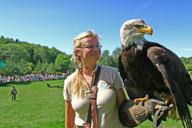 Vogelpark Marlow - Exotische Vögel und Co. hautnah erleben