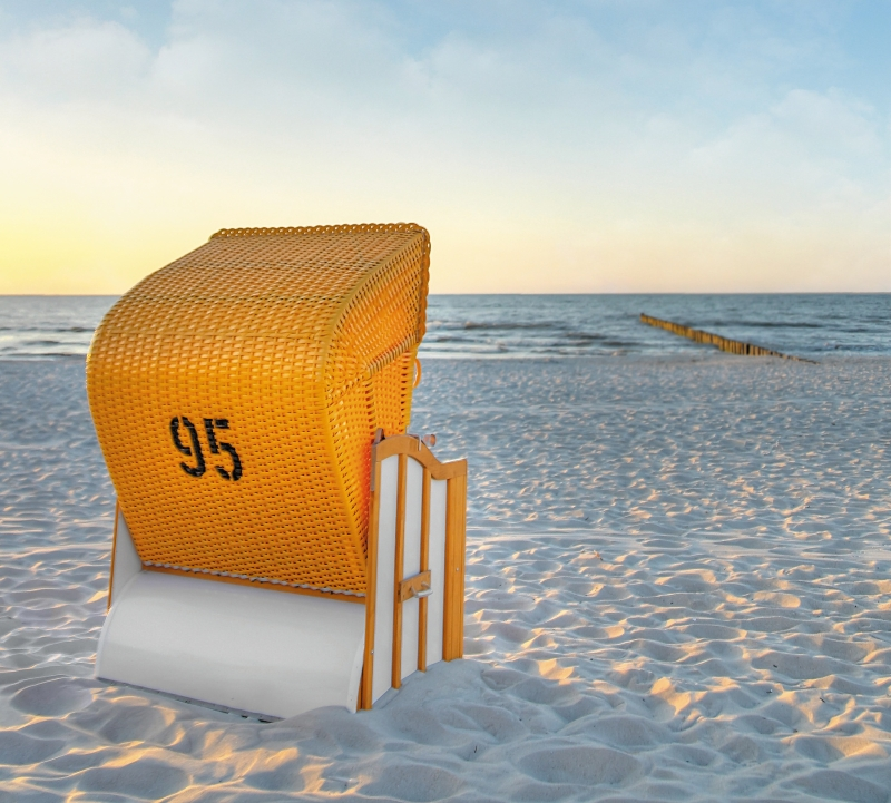 der strandkorb an der ostsee urlaub k hlungsborn ostsee. Black Bedroom Furniture Sets. Home Design Ideas