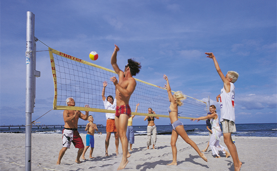 Beachvolleyball erotisch: Beach-Queens hautnah - Bilder